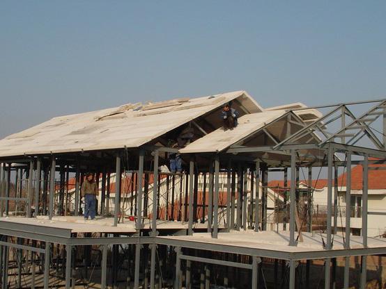 钢结构厂房组成部分和优势